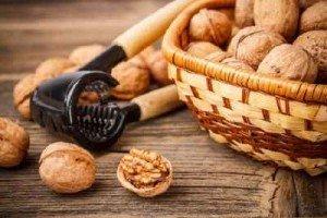 Грецкий орех, как лекарство против грибка ногтей
